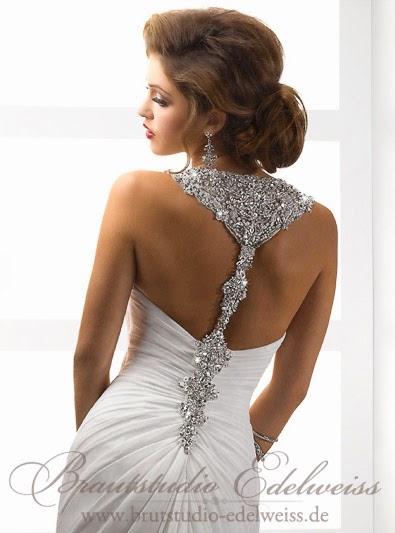 Elegantes Chiffon Brautkleid, Hochzeitskleid fliessend rückenfrei und sexi.