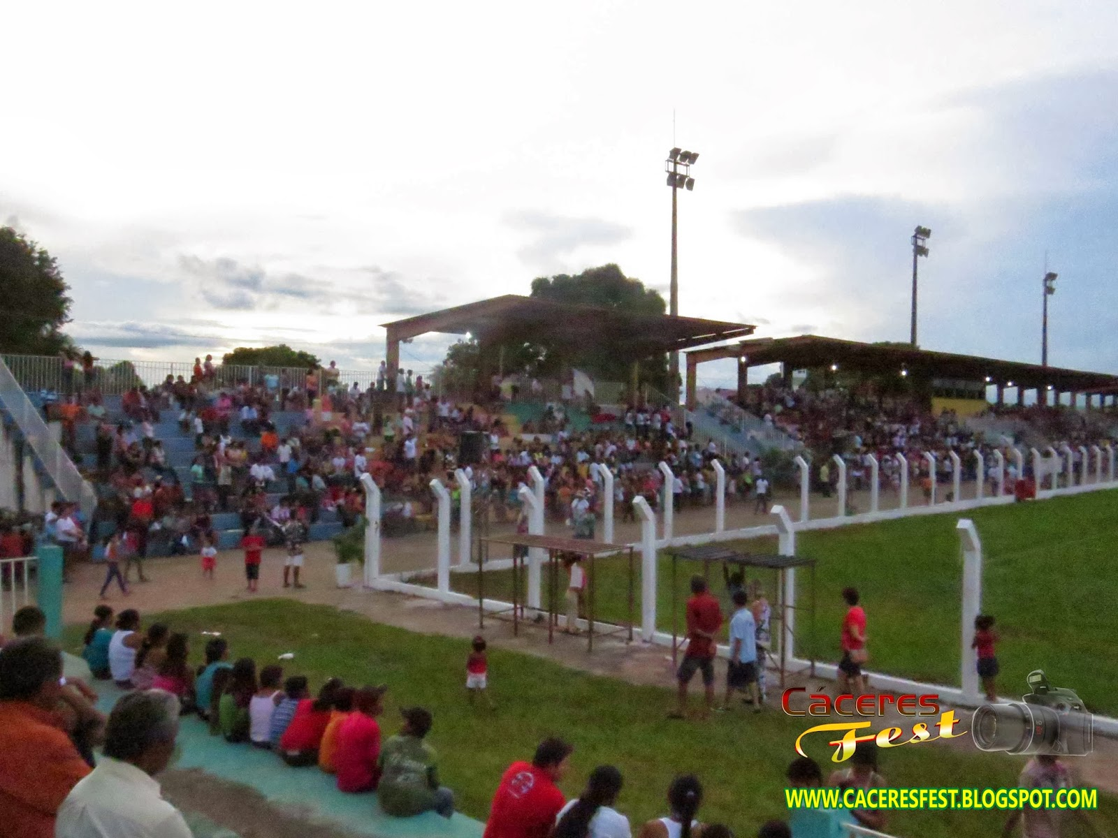 http://caceresfest.blogspot.com.br/2014/03/xxii-agua-viva.html