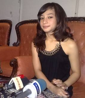 Labels: gosip artis indonesia , Nikita Willy