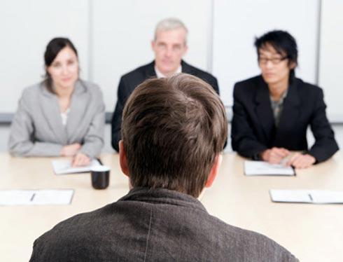 Iş görüşmesinde karşınızdaki kişiyi etkilemenin 8 yolu