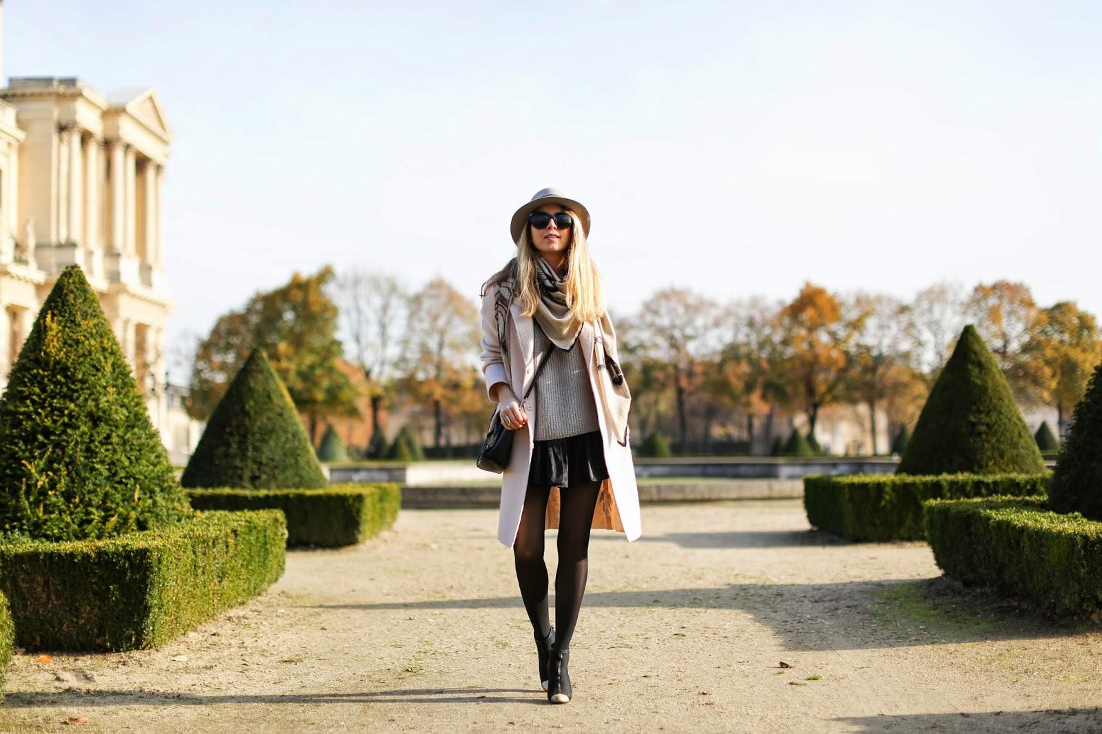 pink coat, zara, chanel, maison michel, isabel marant, céline, invalides, paris, soft colors, streetstyle, fashion blogger