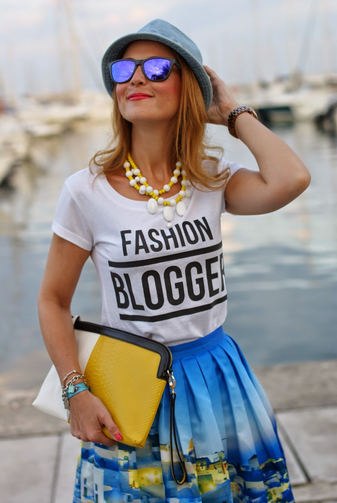 Chicwish Santorini skirt, fashion blogger tee, denim fedora, santorini skirt, Fashion and Cookies, fashion blogger