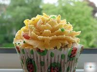 http://cecilecupcakecafe.blogspot.de/2013/07/karottencupcakes-mit-frischkasetopping.html