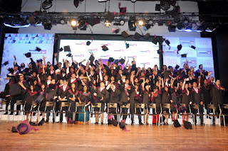 5th Annual Convocation Ceremony of Whistling Woods International stills