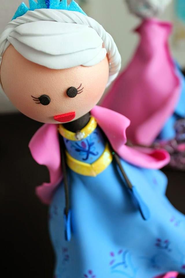 Fofucha Elsa Coronación okmira eventos