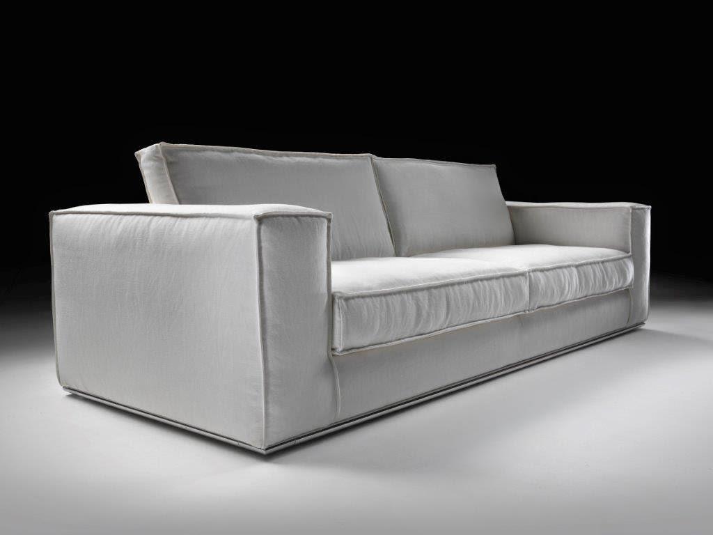 Divani e divani letto su misura divani in tessuto moderni for Divani moderni milano
