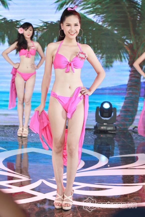 Ảnh gái xinh Hoa hậu miền bắc 2014 với bikini 24