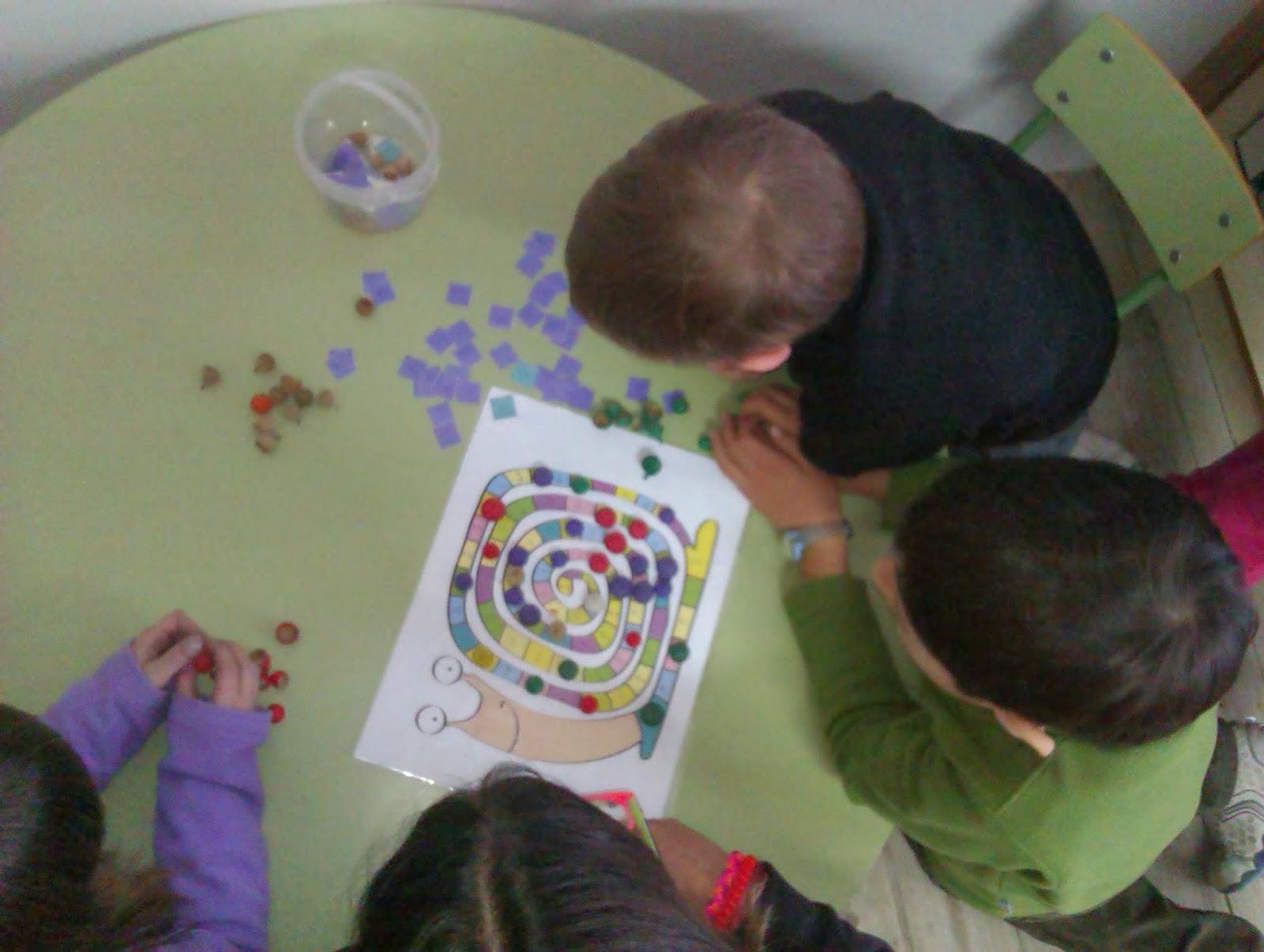MANUALIDADES ESCOLARES: Rincón Juegos matemáticos.