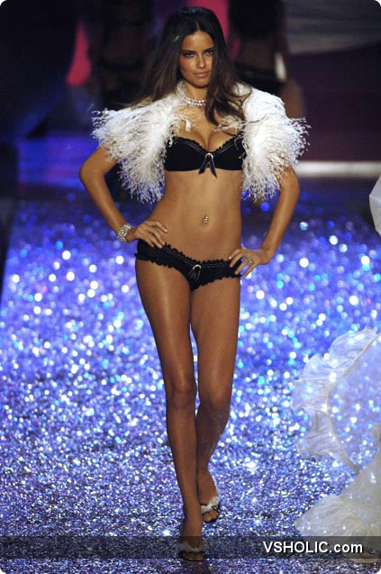 2005 Victoria's Secret Fashion Show Hd Secret Fashion Show