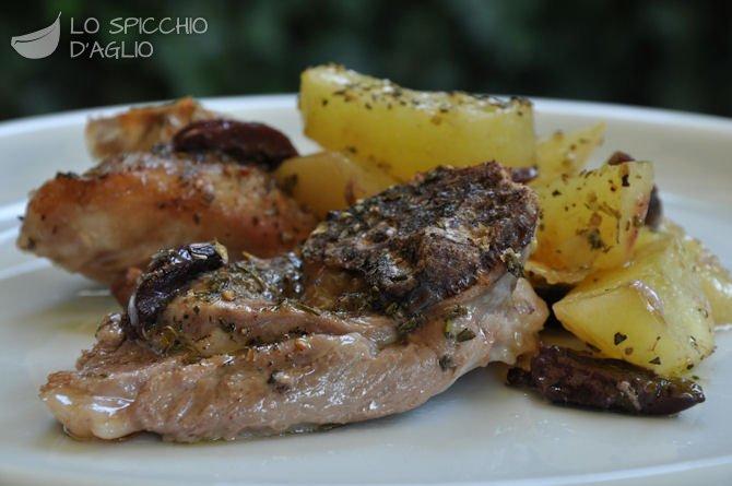 Come cucinare agnello al forno con patate e olive receta gatimi shqiptare dhe te huaja - Cucinare patate americane ...
