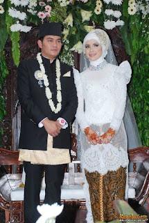 kebaya pengantin Aldilla Jelita dan Indra Bekti
