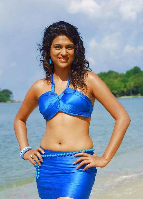 Shraddha Das HOT Navel Stills navel show