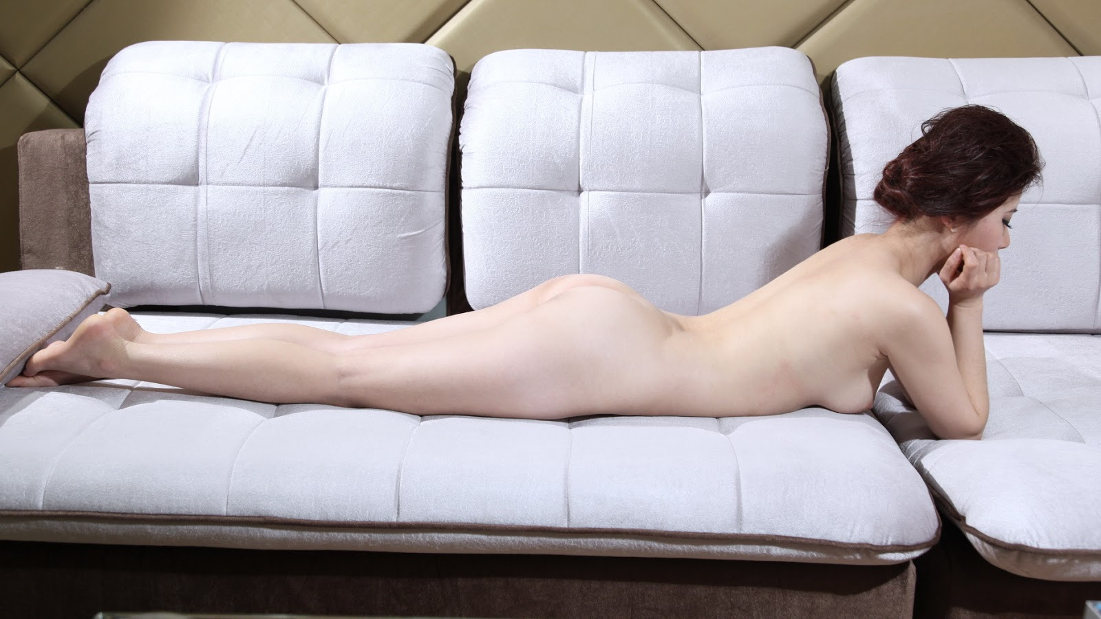 5 Gái dâm khoe cơ thể trắng nõn nà