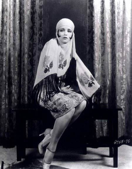 ... , costume design, and wizarding fashion in 1920s New York. (Part 2