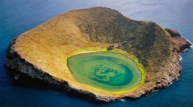 La Rocas Bainbridge de las Islas Galápagos