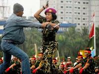 TNI Ralat Soal Jilbab, HTI: Panglima tak Punya Pendirian