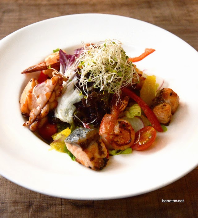 Summertime Salad - RM23