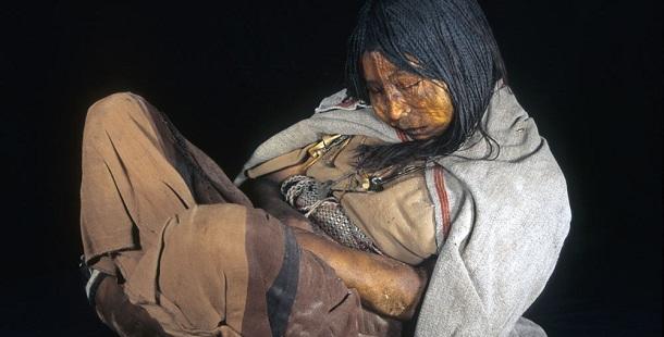 10 horríveis descobertas arqueológicas de sacrifícios humano