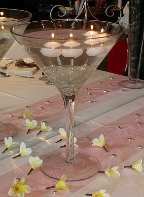 Centros de mesa con copas altas parte 3 for Centros de mesa con copas