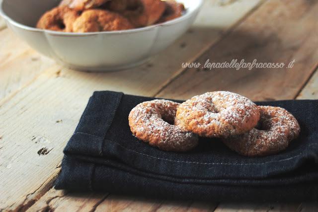 ricetta biscotti al vino