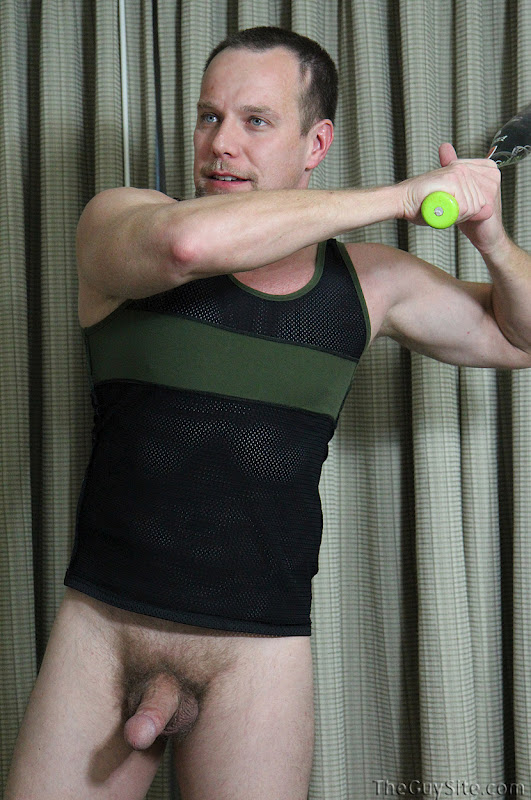 a porn addicted bear: beefy softball player allen jerks off for the guy site