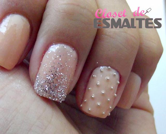 Esmalte Nude + Glitter e Caviar