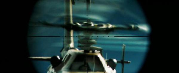 Фильм Стрелок. В кадре расстрел винтов вертолета из Баррет М82АЗ