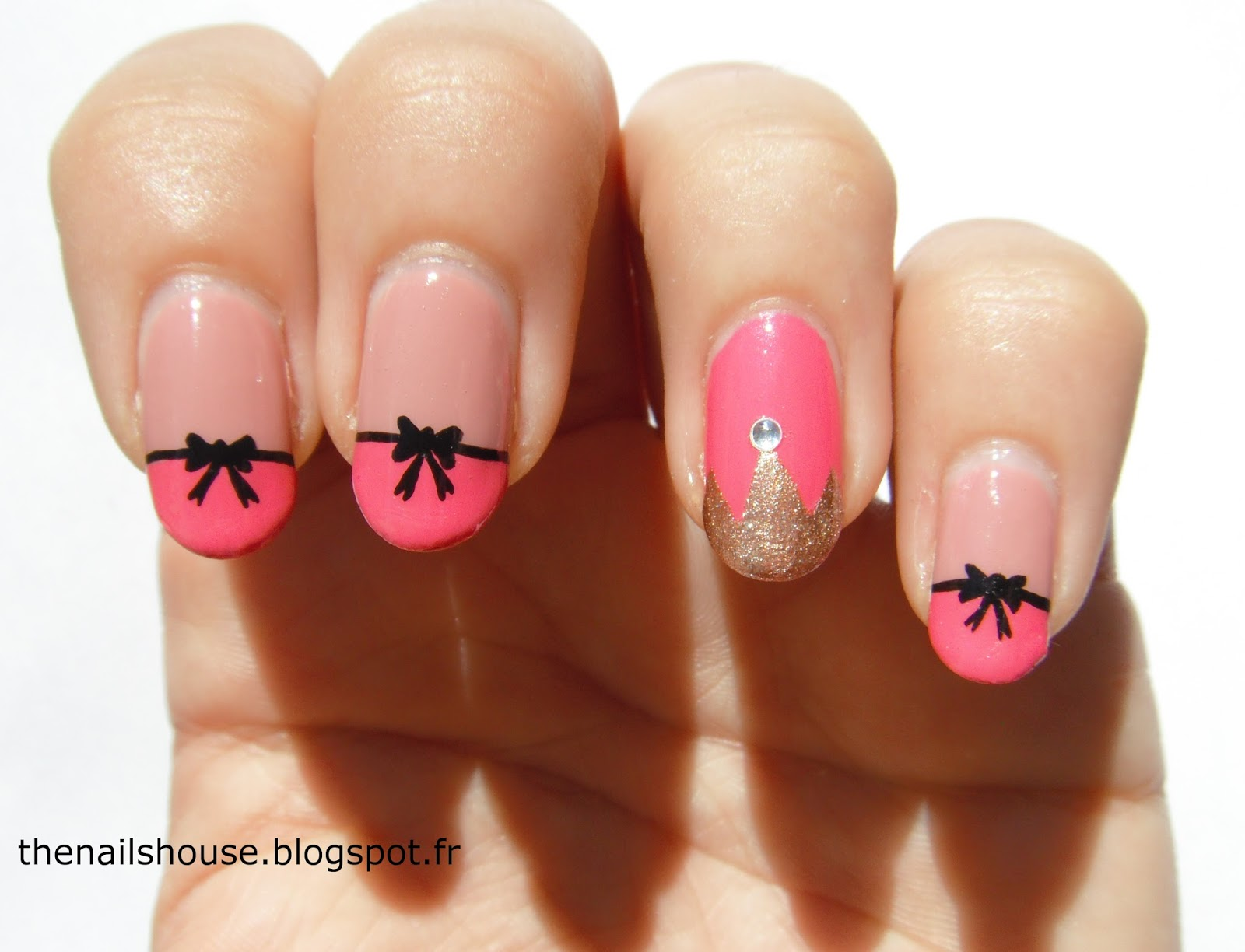 Nail art princesse noeud noeud the nails house - Dessiner un noeud ...