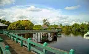 Tempat Wisata Palangka Raya, Danau Merah Tahai