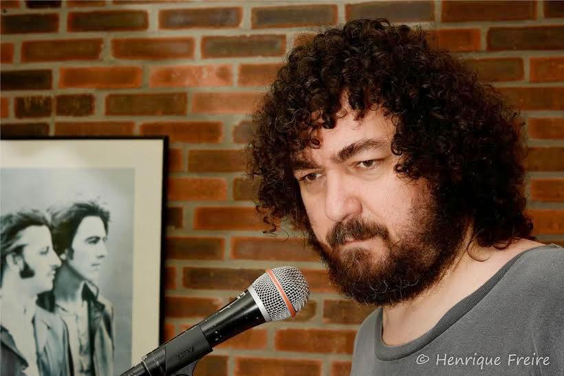 Heitor Pitombo canta DJAVAN
