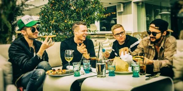 Facebok / Twitter | @ Tokio Hotel 04.03.2014   Bh6bRtaCQAEin07