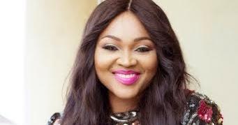 Maame Serwaa Welcomes Like A Queen IN Obuasi