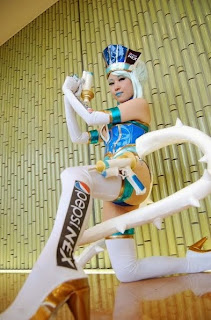 Nameko cosplay as Blue Rose from Tiger and Bunny