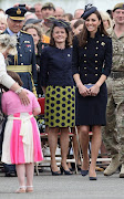 William & Kate Honor Members of the Irish Guard (aa )