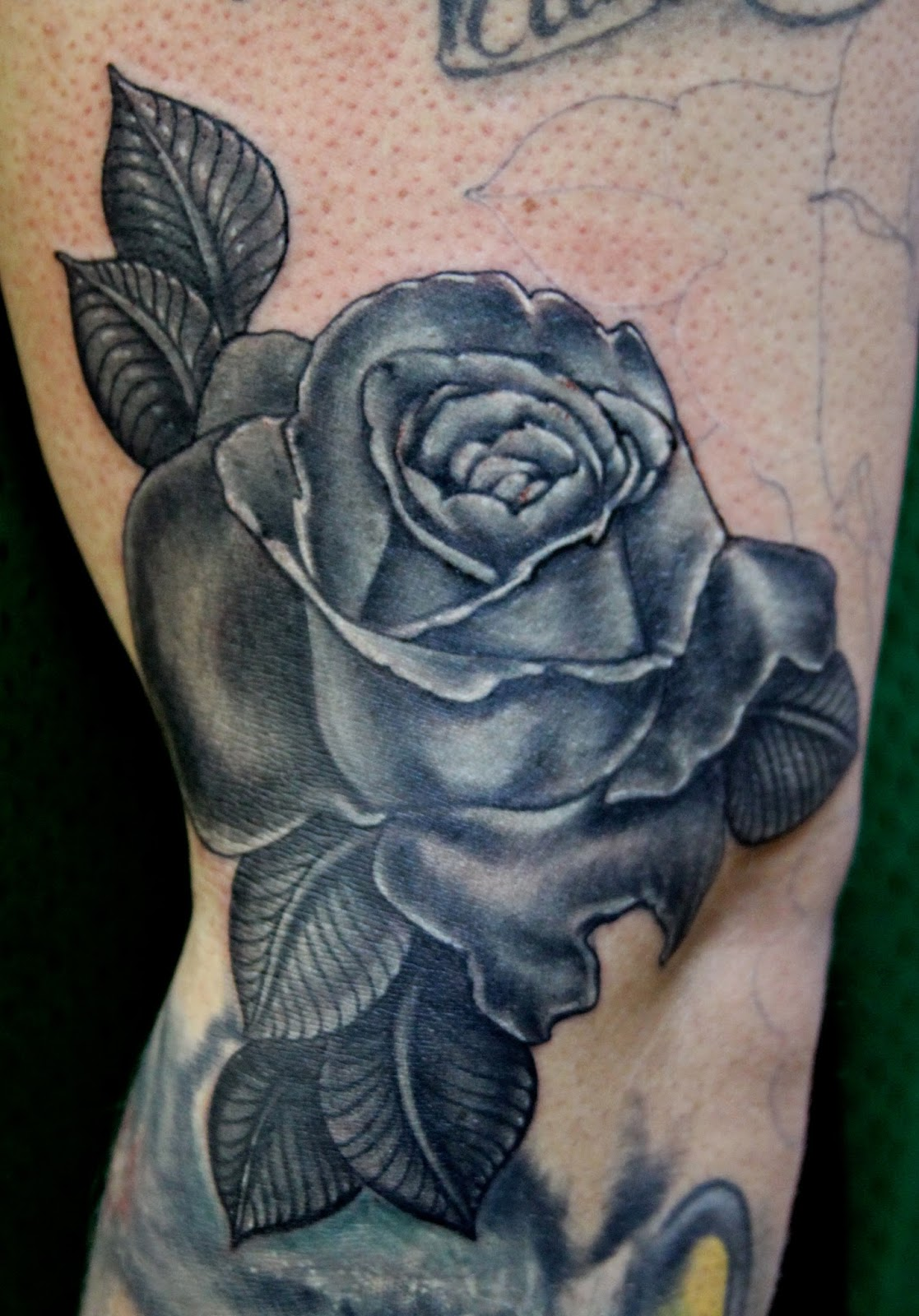 shanninscrapandcrap: Black Rose Tattoo