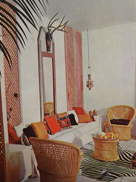 Vintage Global Outdoor Space, Vintage Ethnic Space
