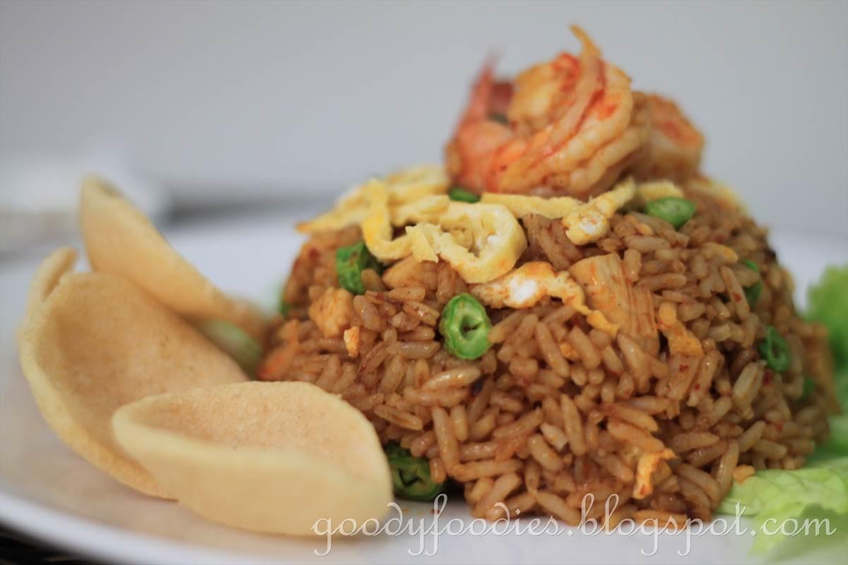 Nasi Goreng Recipe (Indonesian Fried Rice) Recipes — Dishmaps