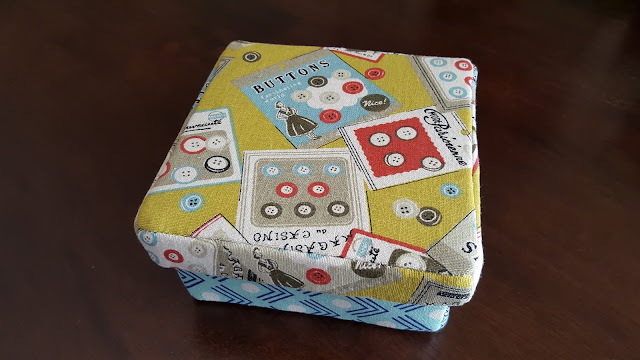 Square Box Pattern by Amber Crawley, sewn by Heidi Staples