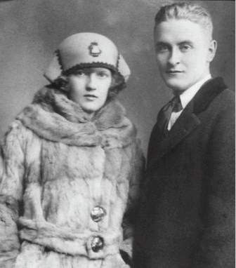 F Scott Fitzgerald and Zelda Photo