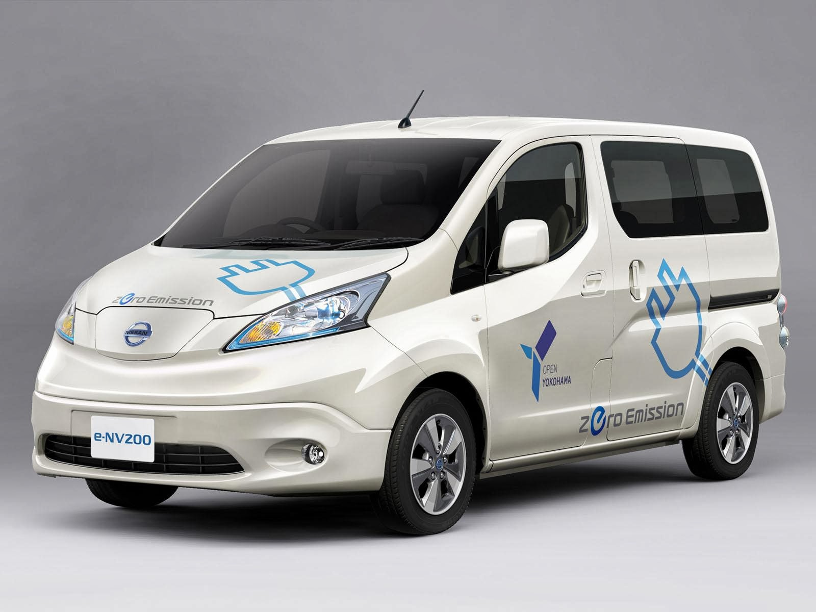 Nissan To Introduce E NV200 Commercial Vehicle In Japan 2014