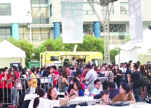 crowd at the Manila Food and Wine Festival 2013