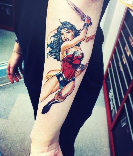 Tatuagem Mulher Maravilha