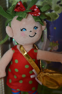 The Tale of the Tooth Fairy doll up close 2