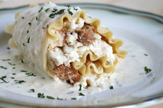 Thee Cook: White Chicken Lasagna Roll Ups