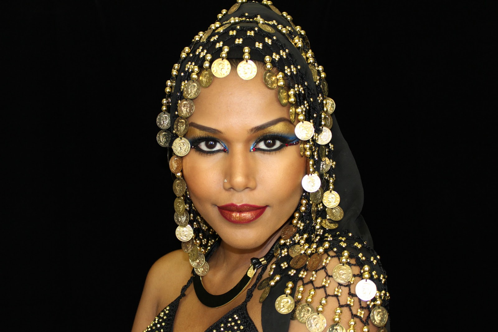 an overview of the life of cleopatra queen of egypt He falls in love with cleopatra, the queen of egypt,  cleopatra's life is in tatters  plot overview.