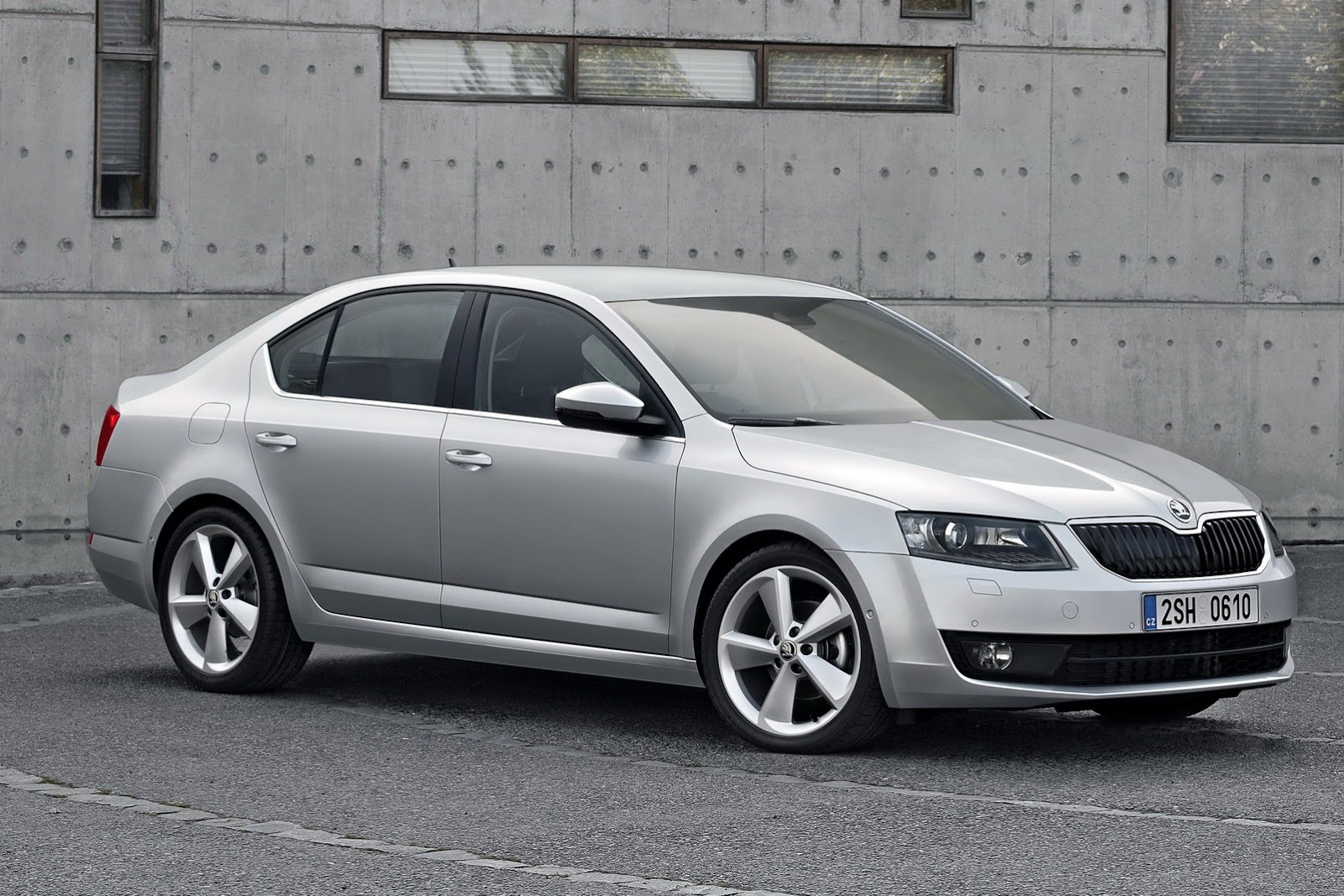 2013 skoda octavia iii autooonline magazine. Black Bedroom Furniture Sets. Home Design Ideas