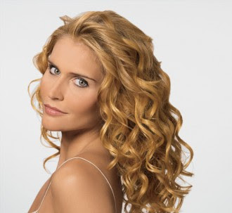 Long Layered Curly Hairstyle