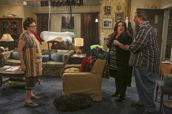 Mike and Molly - Episode 4.21 - This Old Peggy - Promotional Photos