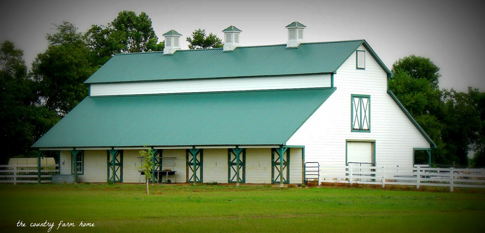 Barn shelter 12x28x9 green cover per each barn style for Barn style modular homes