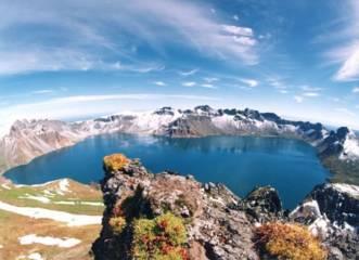 Heaven Lake, tempat monster purba berada